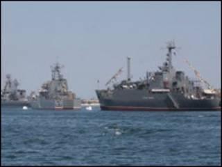російські кораблі у Севастополі