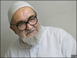 Hoseyn Ali Montazeri.