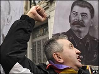 Портрет Сталина на демонстрации испанских коммунистов