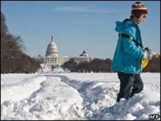 Вашингтон под слоем снега