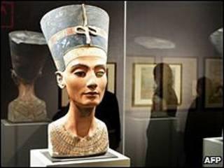 бюст царицы Нефертити