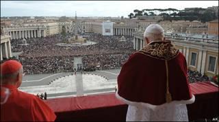 Bento 16 durante a mensagem de Natal no Vaticano