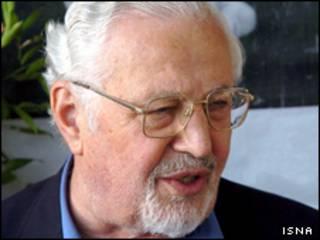 ابراهیم یزدی، دبیرکل پیشین نهضت آزادی ایران