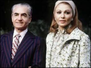 محمد رضا پهلوی و همسرش فرح