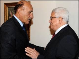 محمود عباس وعمر سليمان