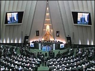 تصویری از مجلس شورای اسلامی ایران
