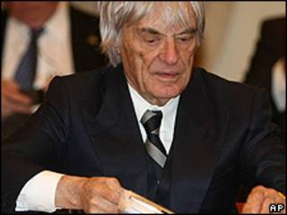 Bernie Eccleston, director de la F1