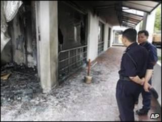 मलेशिया मे जला हुआ चर्च
