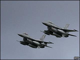 Aviones F-16 (Foto de archivo)