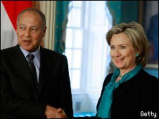 Хиллари Клинтон и министр иностранных дел Египта