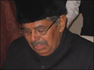 आप्रवासी मामलों के मंत्री वयलार रवि