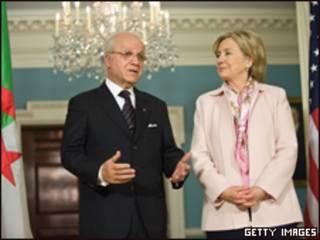 وزير الخارجية الجزائي، مراد مدلسي رفقة هيلاري كلينتون