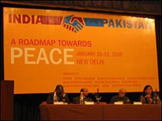 भारत और पाकिस्तान के प्रतिनिधि