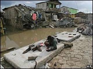 La ciudad de Gonaives quedó en ruinas tras el paso del ciclón Jeanne