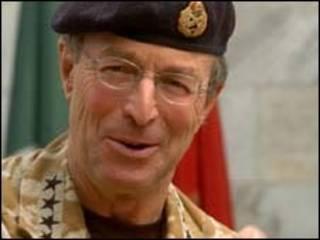 Janar Sir David Richards