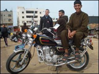 دراجون في غزة