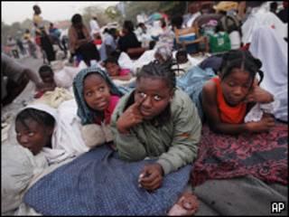 Niños sin hogar en Haití