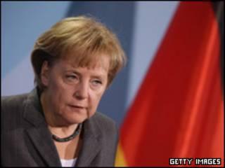آنگلا مرکل در برلین - دوشنبه 18 ژانویه 2009