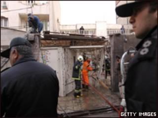 أفراد الشرطة الإيرانية