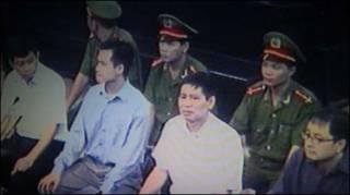Hình ảnh phiên tòa (ảnh của VietnamNet)