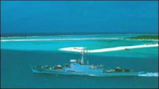 Tàu Trung Quốc ngoài Hoàng Sa