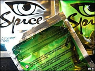 Пакетики с курительными смесями