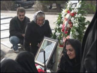 بهشت زهرا- تهران- عکس از سایت کلمه