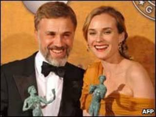 Christoph Waltz và Diane Kruger nhận giải thưởng cho phim Inglourious Basterds