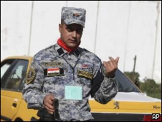 Иракский полицейский