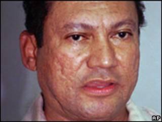 Manuel Noriega en 1996