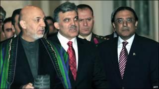 ज़रदारी के साथ हामिद करज़ई