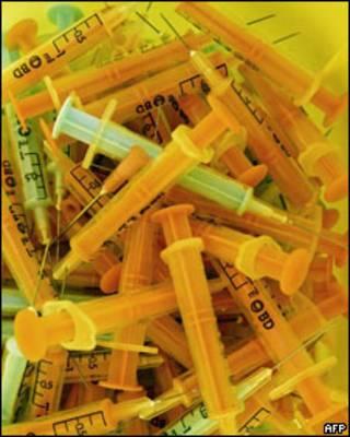 Jeringas utilizadas para la vacunación contra la gripe porcina en la Guayana Francesa