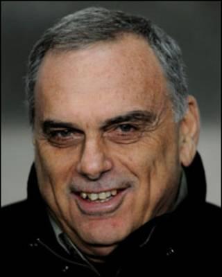 朴茨茅斯主教练格兰特