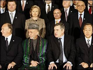 Tổng thống Hamid Karzai và các lãnh đạo
