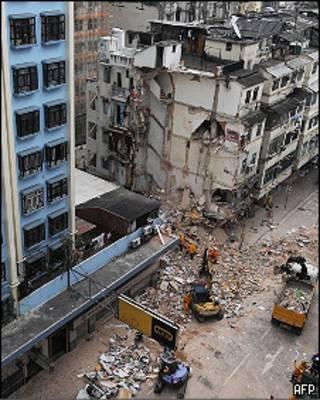香港馬頭圍樓宇坍塌現場(29/1/2010)