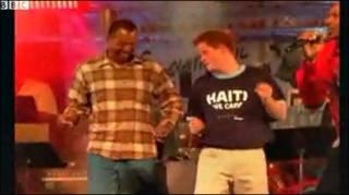 Prince Harry nhảy điệu Calypso tại buổi hòa nhạc từ thiện ở Barbados