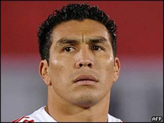 Salvador Cabañas con la camiseta de la selección de Paraguay