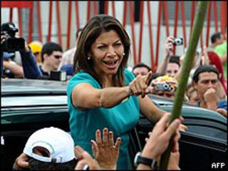 Laura Chinchilla, candidata en las elecciones presidenciales de Costa Rica.