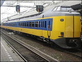 كان القطار متوجها الى تسفوله من روزندال