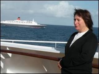 Imagem da mulher recuperada do cartão de memória da câmera resgatada do mar