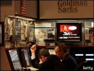 Стенд Goldman Sachs на нью-йоркской бирже