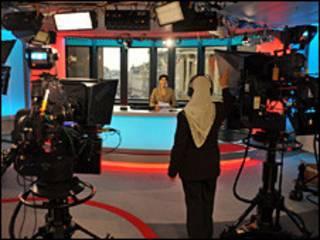 В студии канала Би-би-си, вещающего на фарси