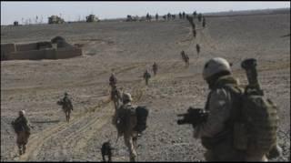 سربازان افغان و ناتو در هلمند