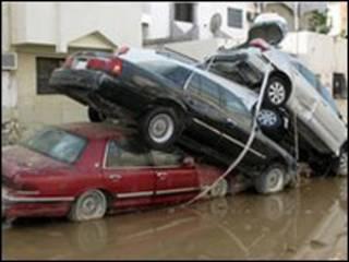 حوالي 133 شخصا لقوا حتفهم في الفيضانات التي غمرت اجزاء من جدة في نوفمبر