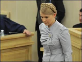 Політолог вважає, що можливості для домовленостей можуть бути і в Тимошенко