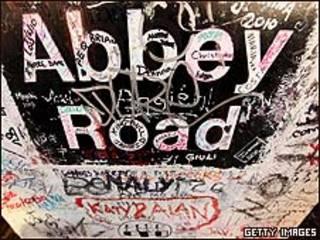 Cartel en Abbey Road