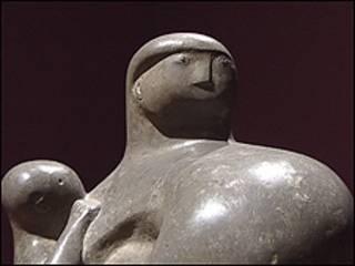 亨利·摩尔雕塑作品