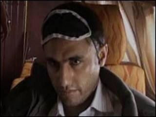 عبدالمالک ریگی پس از دستگیری در اختیار ماموران جمهوری اسلامی