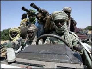 بعض مقاتلي الحركات المسلحة في دارفور