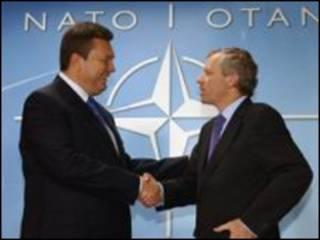 Янукович НАТО